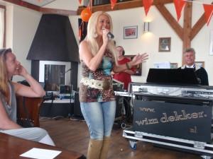 Optreden tijdens de cd presentatie in Zwartemeer